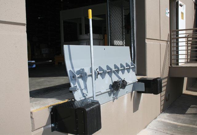 Kelley KM Series Mechanical Edge of Dock Leveler
